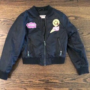 Girls lightweight jacket.